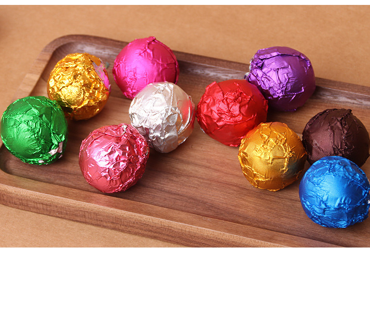 product-Huihua-Colorful Aluminum Foil Candy Chocolate Chip Cookie Packaging Tin Foil Metal Embossing